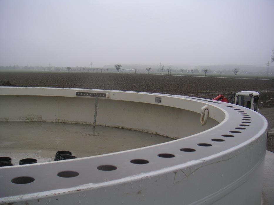 grosses Bild zeigen: Fundament einer Windernergieanlage
