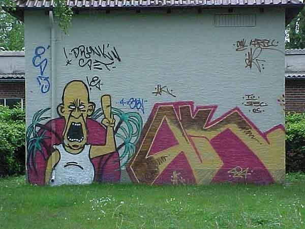grosses Bild zeigen: Graffiti in Lage